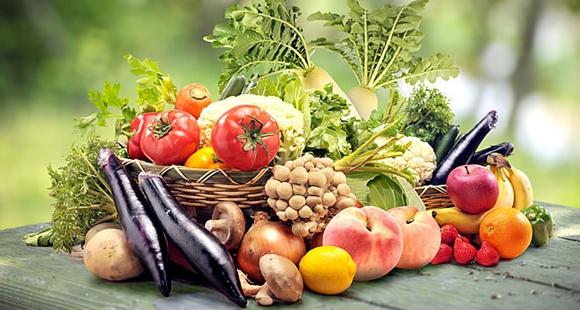 多吃蔬菜水果有利于保护眼睛