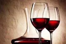 每天两杯红酒助清除大脑垃圾