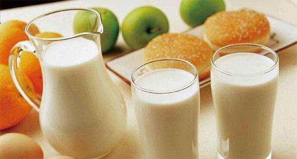 牛奶那么多,给孩子喝哪种?