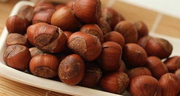 研究发现:多吃榛子 营养更均衡